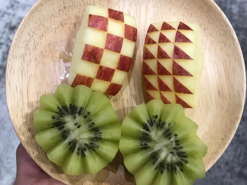 蘋果棋盤、奇異果花