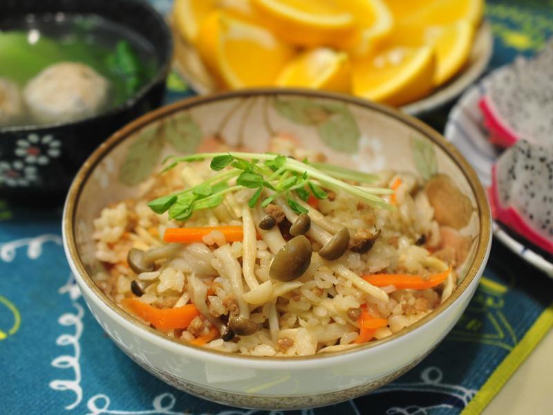竹筍菇菇炊飯