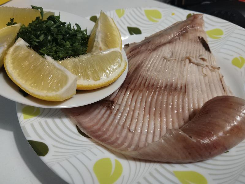 水煮魟魚鰭