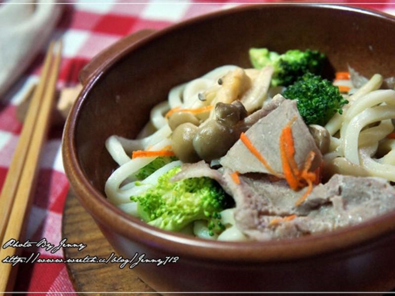 鮮菇燒烏龍麵