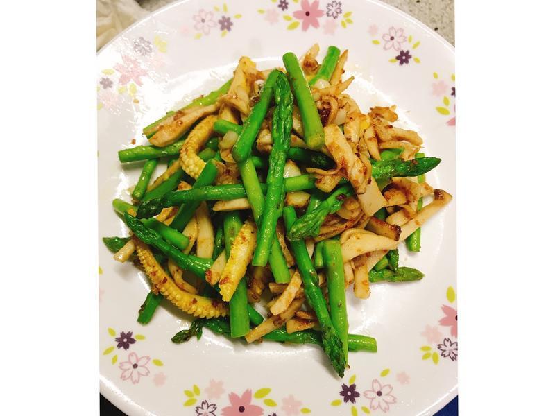 超下飯料理👉蘆筍杏鮑菇玉米筍沙茶炒