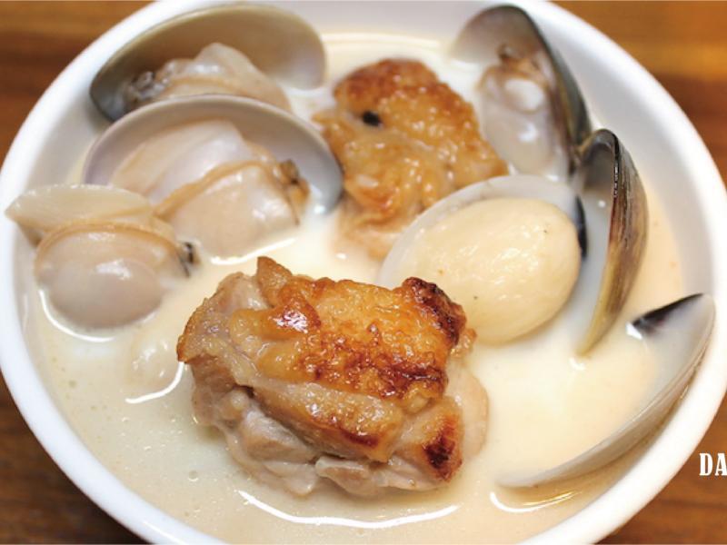 蒜頭蛤蜊雞湯(白湯)