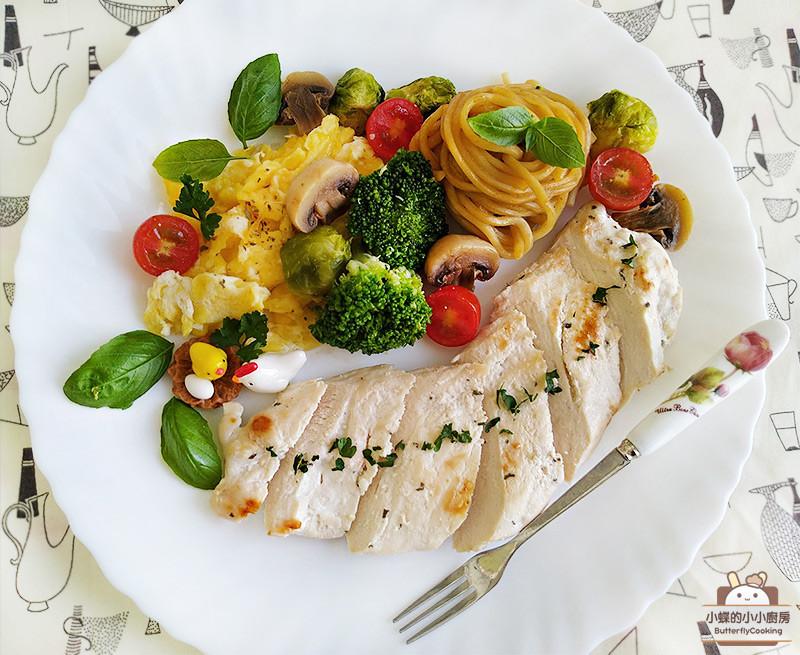 蒜味嫩煎雞胸排(低脂低醣主菜)