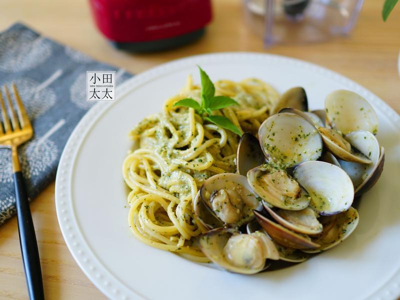自製簡易青醬~青醬奶油蛤蜊義大利麵!