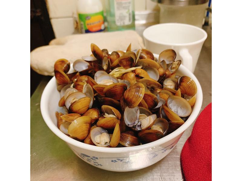 中式料理-活力充沛之元氣蜆精🥰🥣🧂