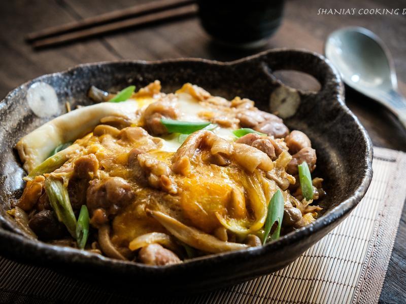 日式親子丼飯 - 假日的簡單餐桌