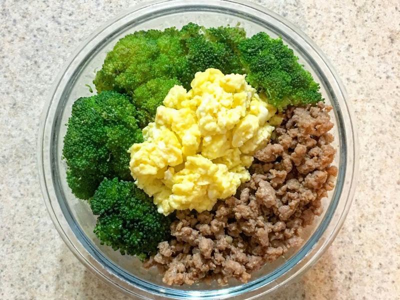 日式三色丼飯 雞鬆蓋飯 快速便當菜