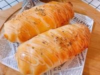氣炸鍋做麵包-起司熱狗捲