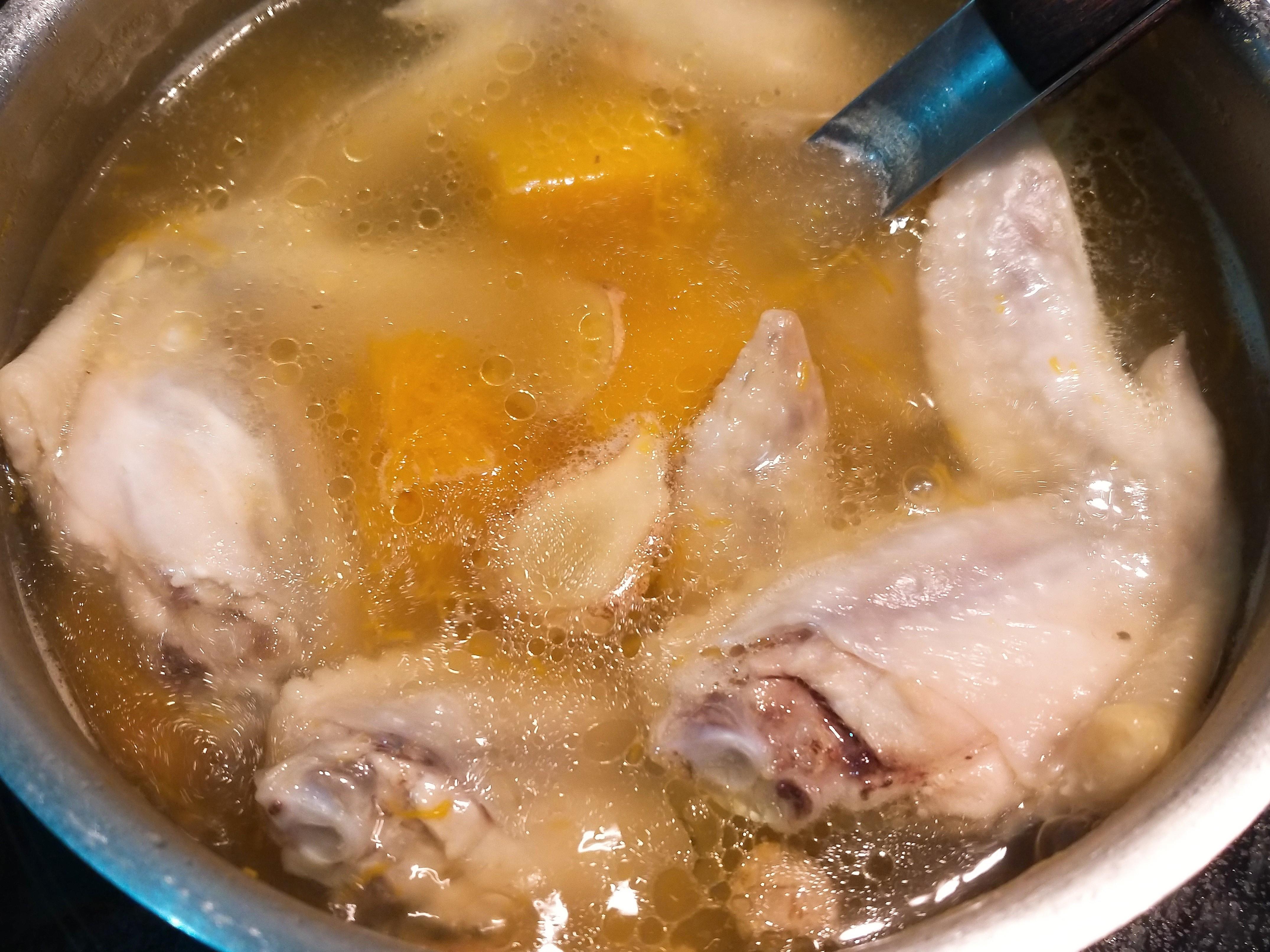 薑香南瓜雞翅湯
