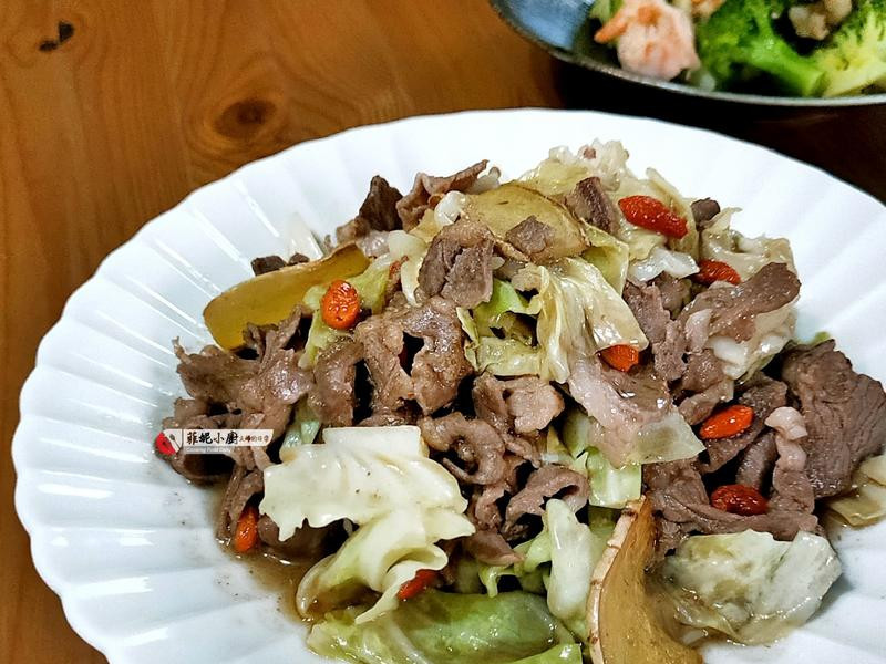 麻油炒高麗菜羊肉