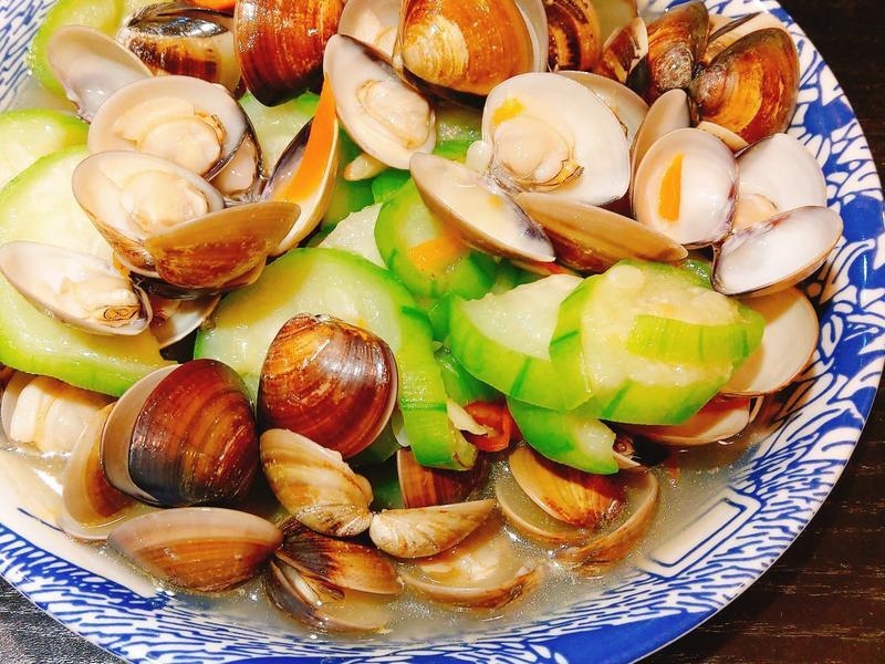 絲瓜蛤蜊燴紅蘿蔔