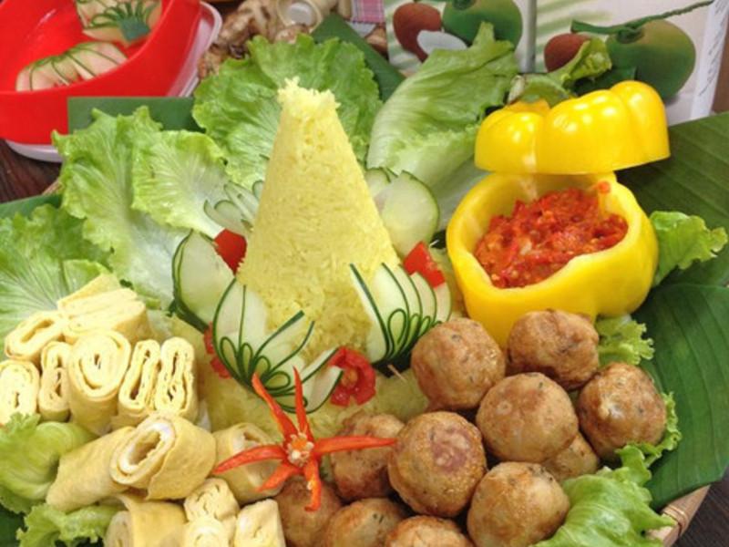 印尼料理。華麗食物塔
