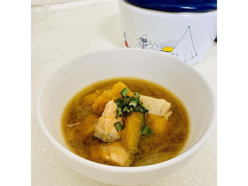 南瓜鮭魚味增湯