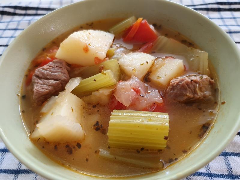 蕃茄牛肉蔬菜湯