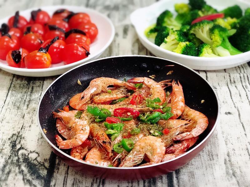 鹽酥蝦 (水波爐料理)