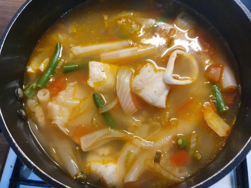 泰式酸辣海鮮湯河粉
