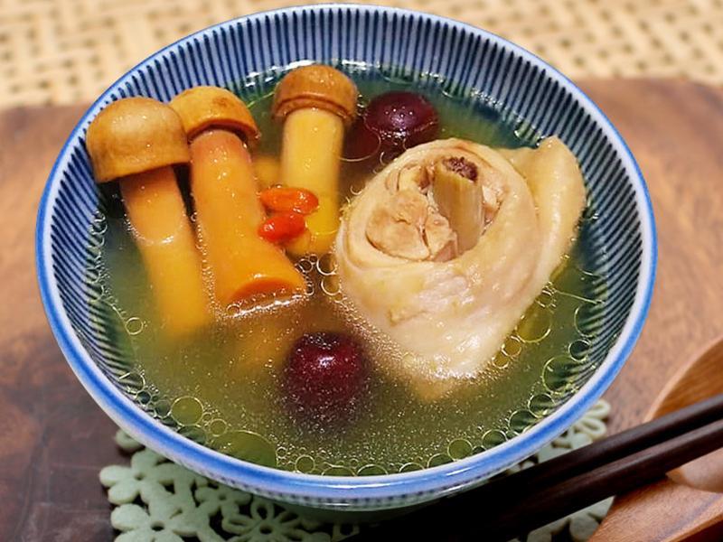 【厚生廚房】巴西蘑菇雞湯