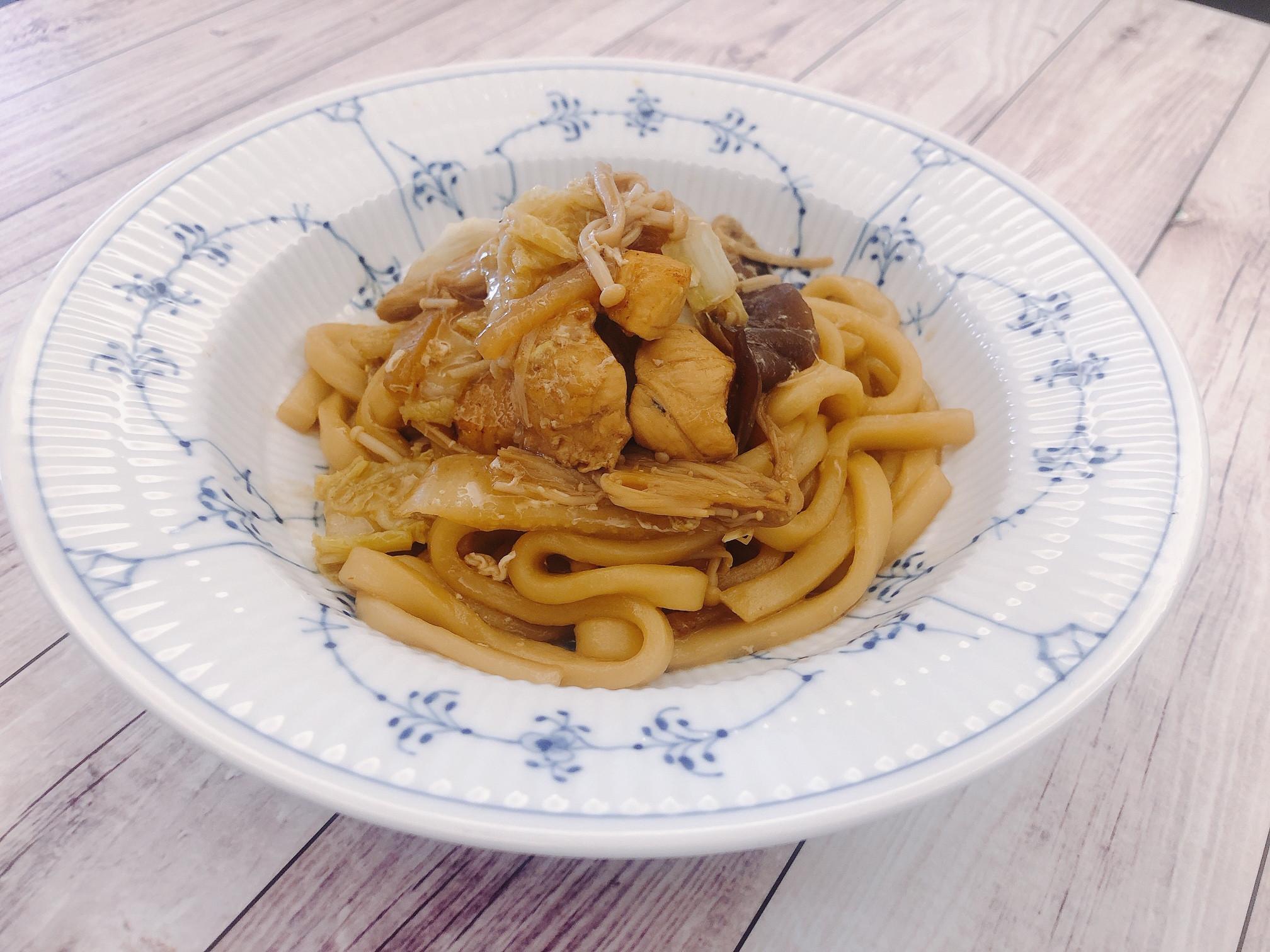 日式料理 <雞肉> 日式炒烏龍麵