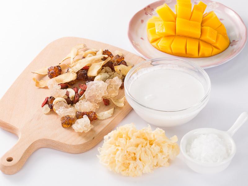 桃膠椰奶芒果露