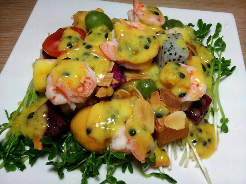 百香優格蝦球水果沙拉