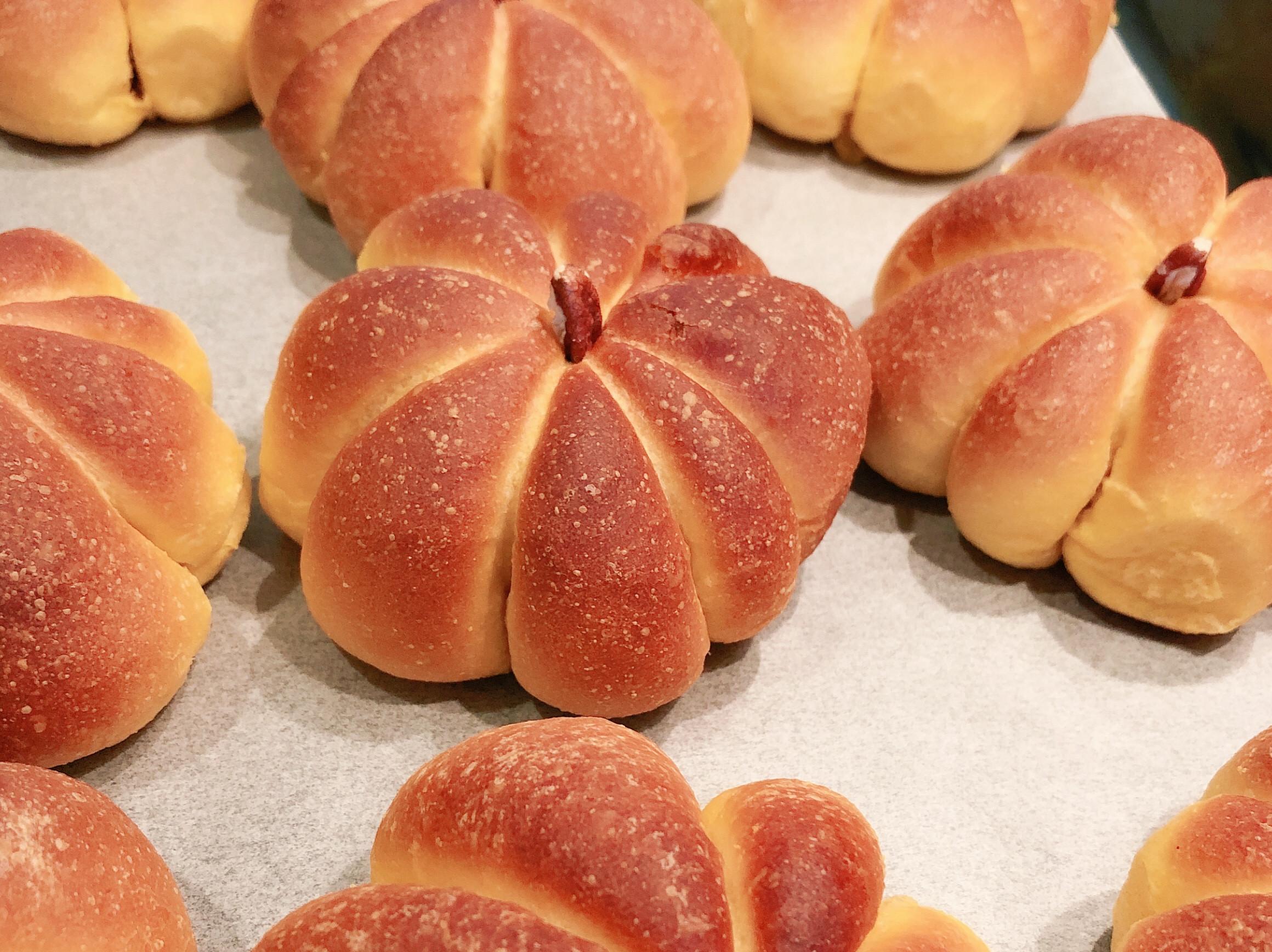 萬聖節之南瓜麵包(紅蘿蔔代替南瓜)