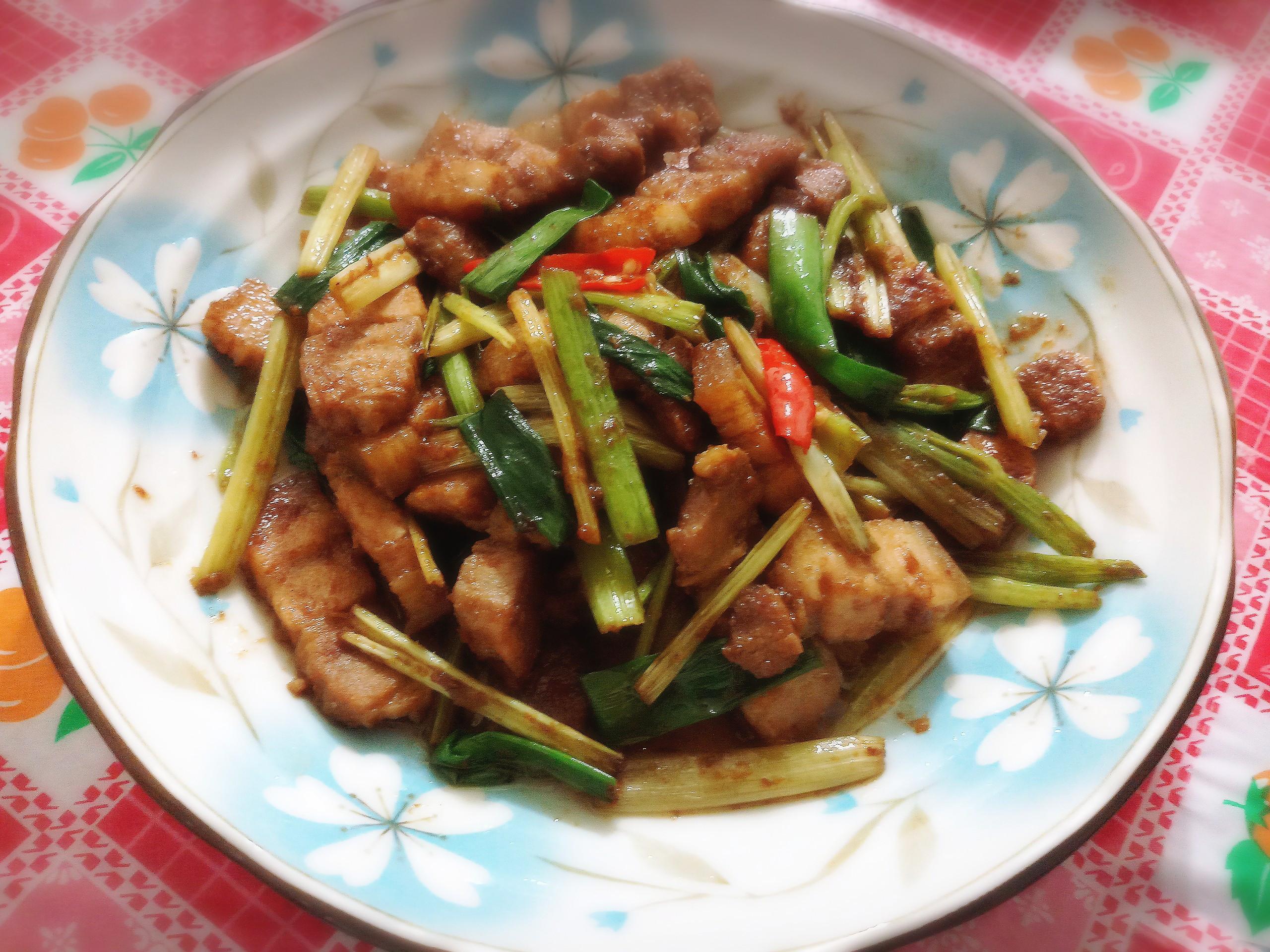 沙茶炒豬五花肉片