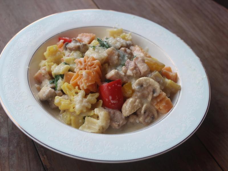 山藥米飯白醬義大利麵