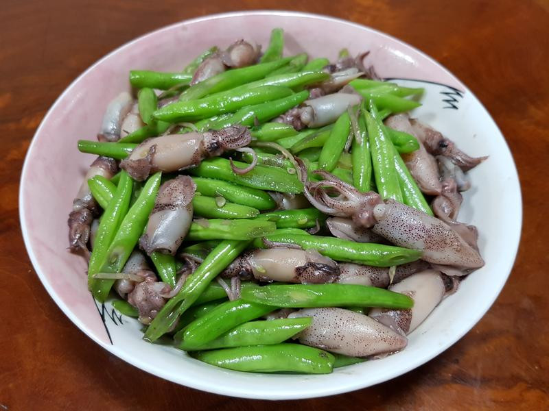 四季豆炒小卷