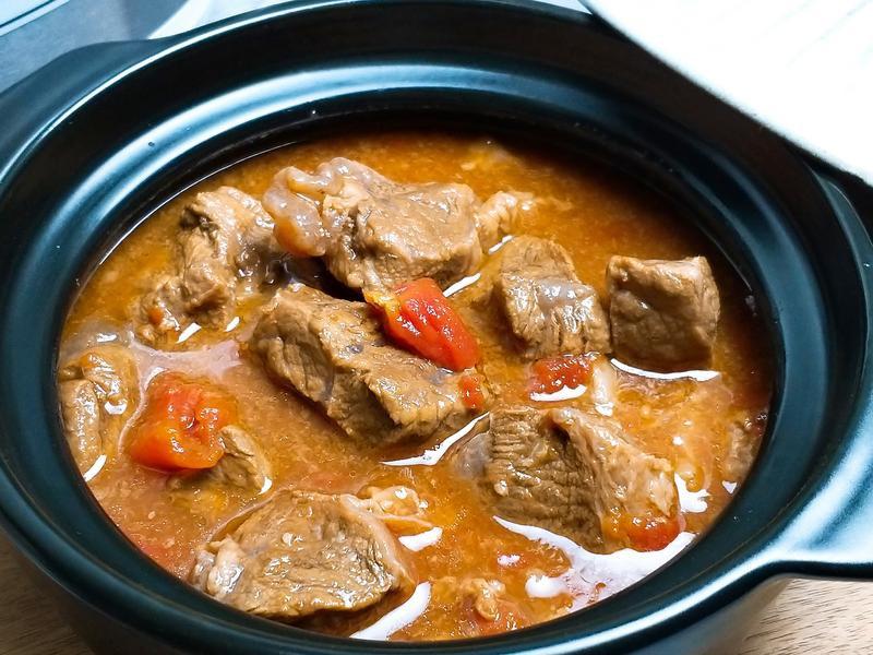 紅燒蕃茄牛肉湯~飛利浦智慧萬用電子鍋