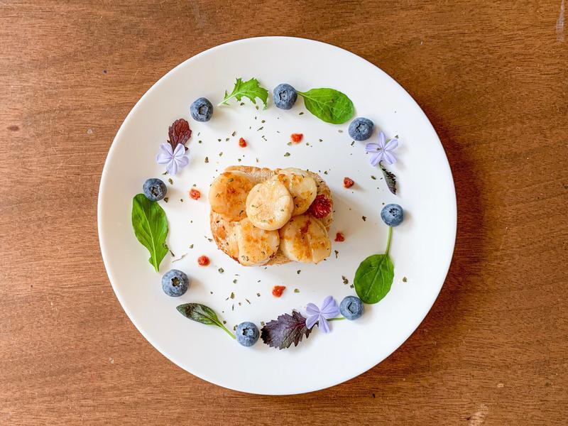 早餐吃什麼?來吧 奢華一下 吃奶油干貝吧