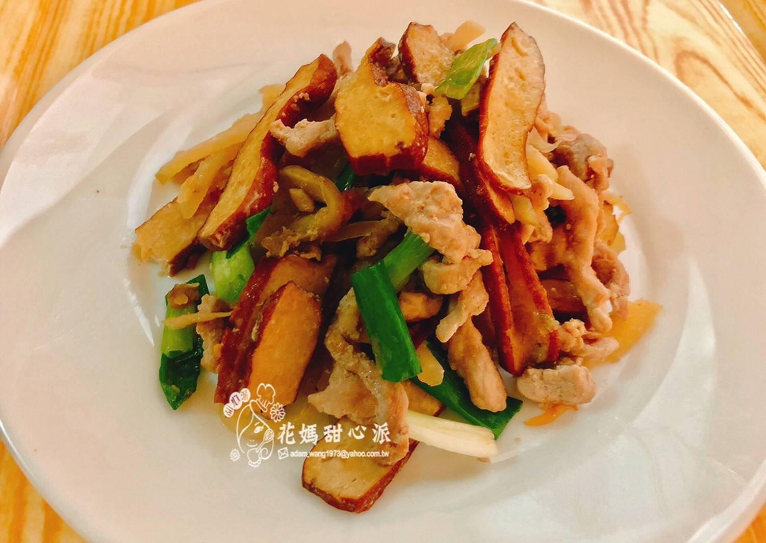 榨菜豆干炒肉絲(家常便當菜)