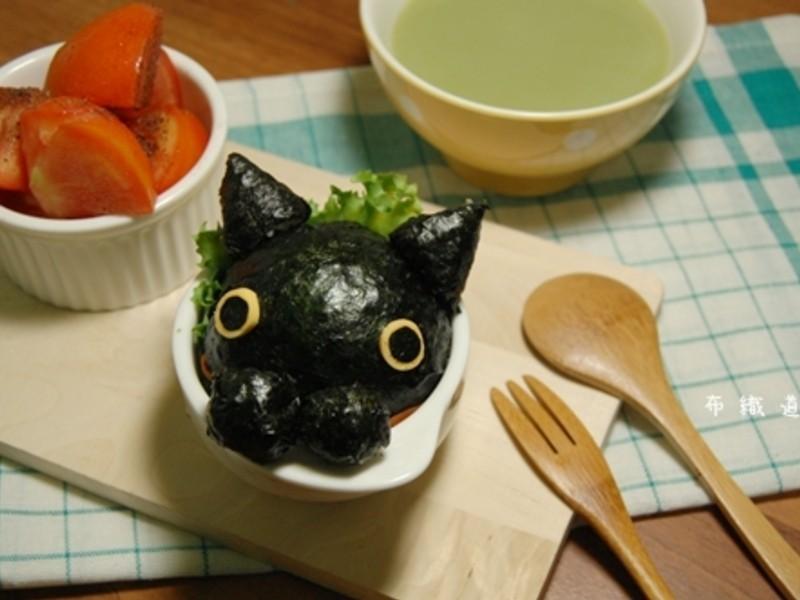 【五月花妙用廚紙】靴下貓飯團