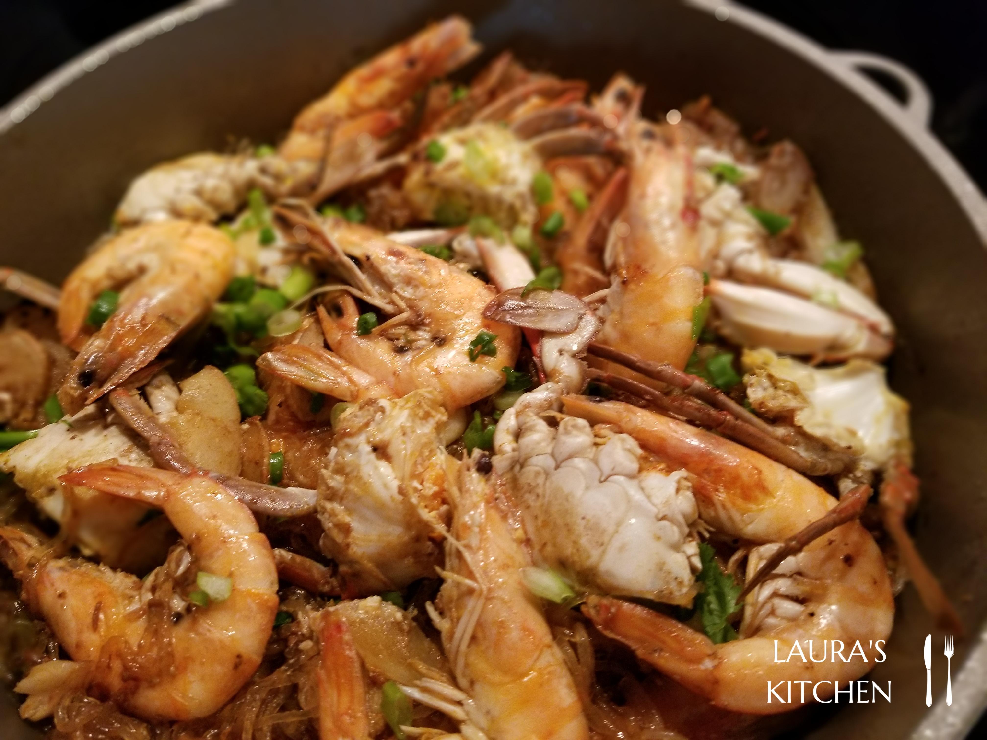螃蟹鮮蝦粉絲煲