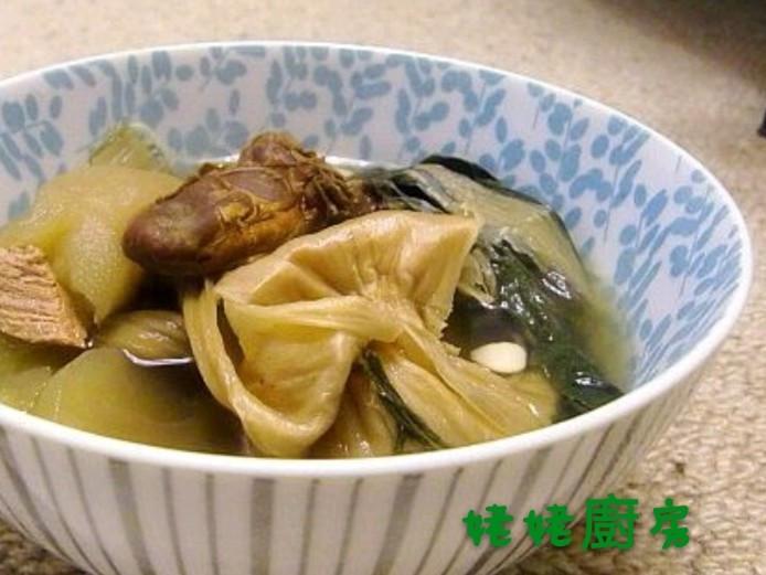 菜乾蠔豉黃豆蘋果湯