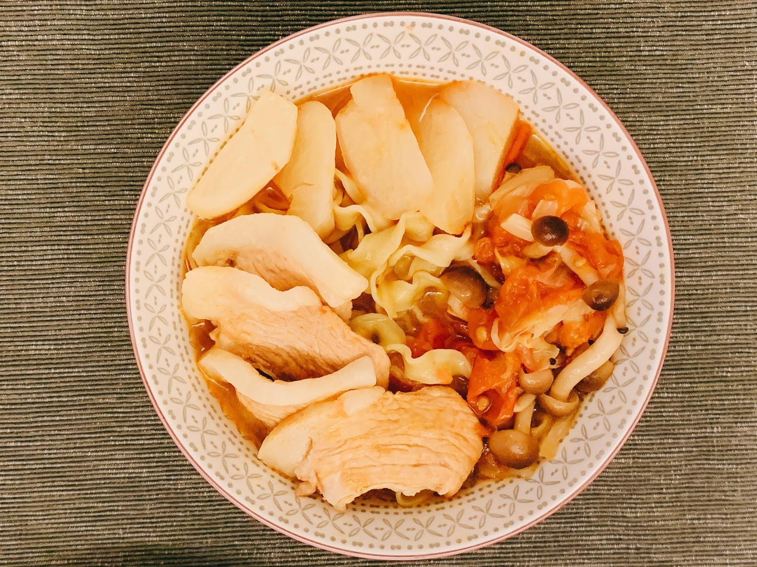 暖胃蕃茄蔬菜拉麵