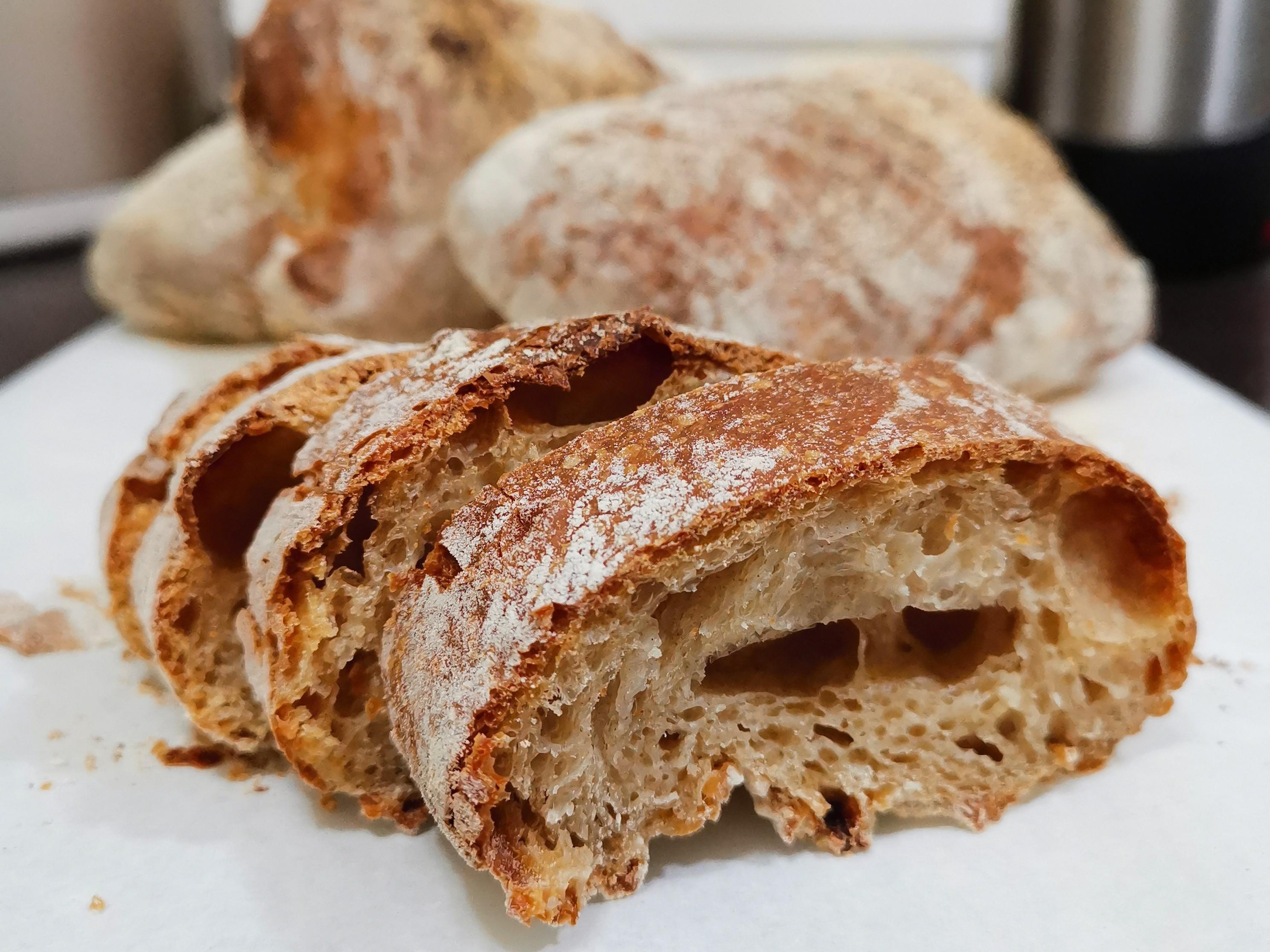 免揉 • 義式巧巴達 • 拖鞋麵包