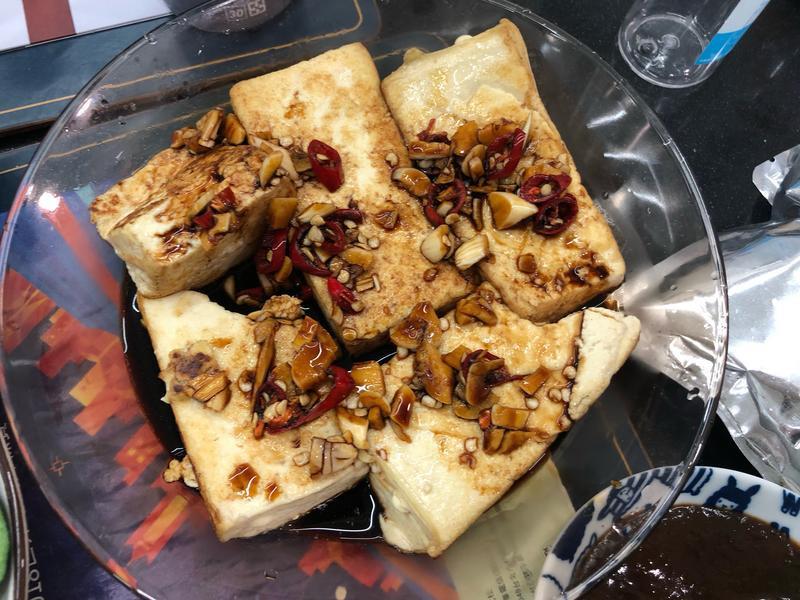 蒜頭醬油板豆腐