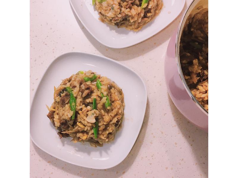 牛蒡蛤蠣牛肉燉飯