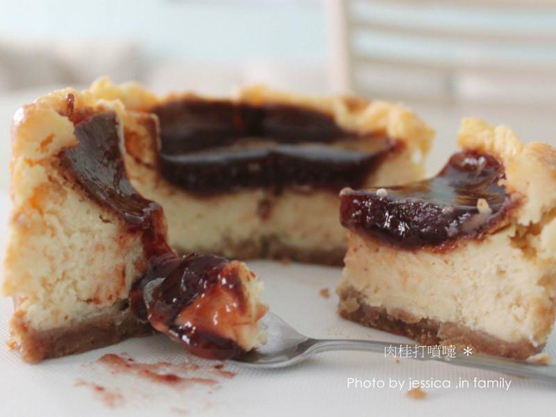 【肉桂打噴嚏】草莓牛奶乳酪蛋糕
