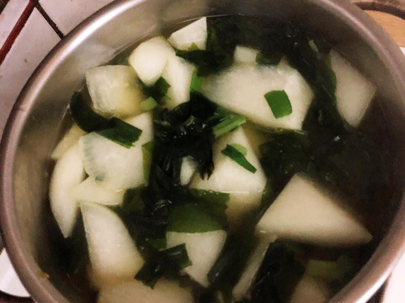 蘿蔔味增湯