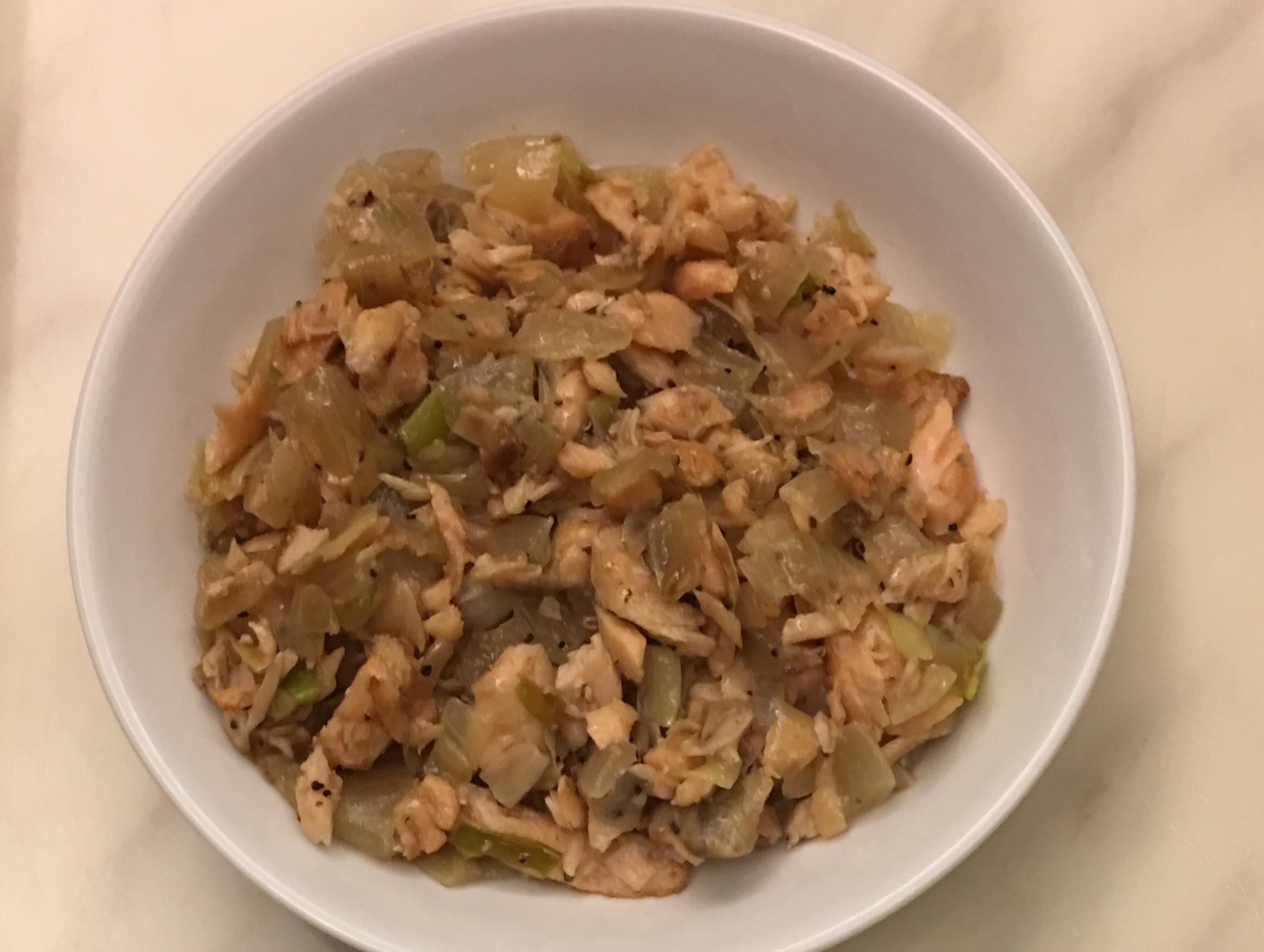 鮭魚炒洋蔥