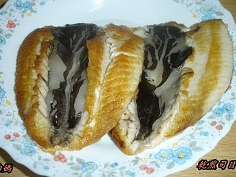 均媽的料理廚房~乾煎司目魚