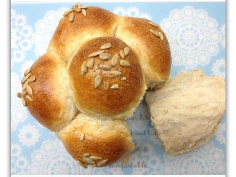 [Witi✿Kitchen](麵包機-麵包)花型燕麥牛奶全麥麵包