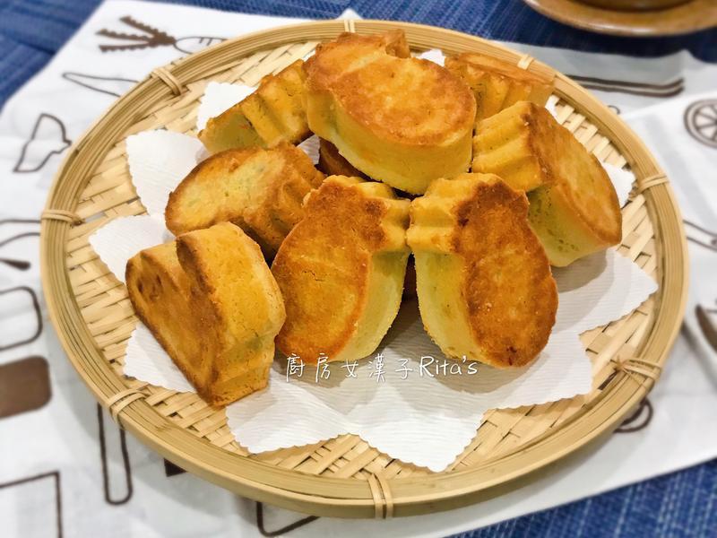 鳳梨酥(加鹹蛋黃)