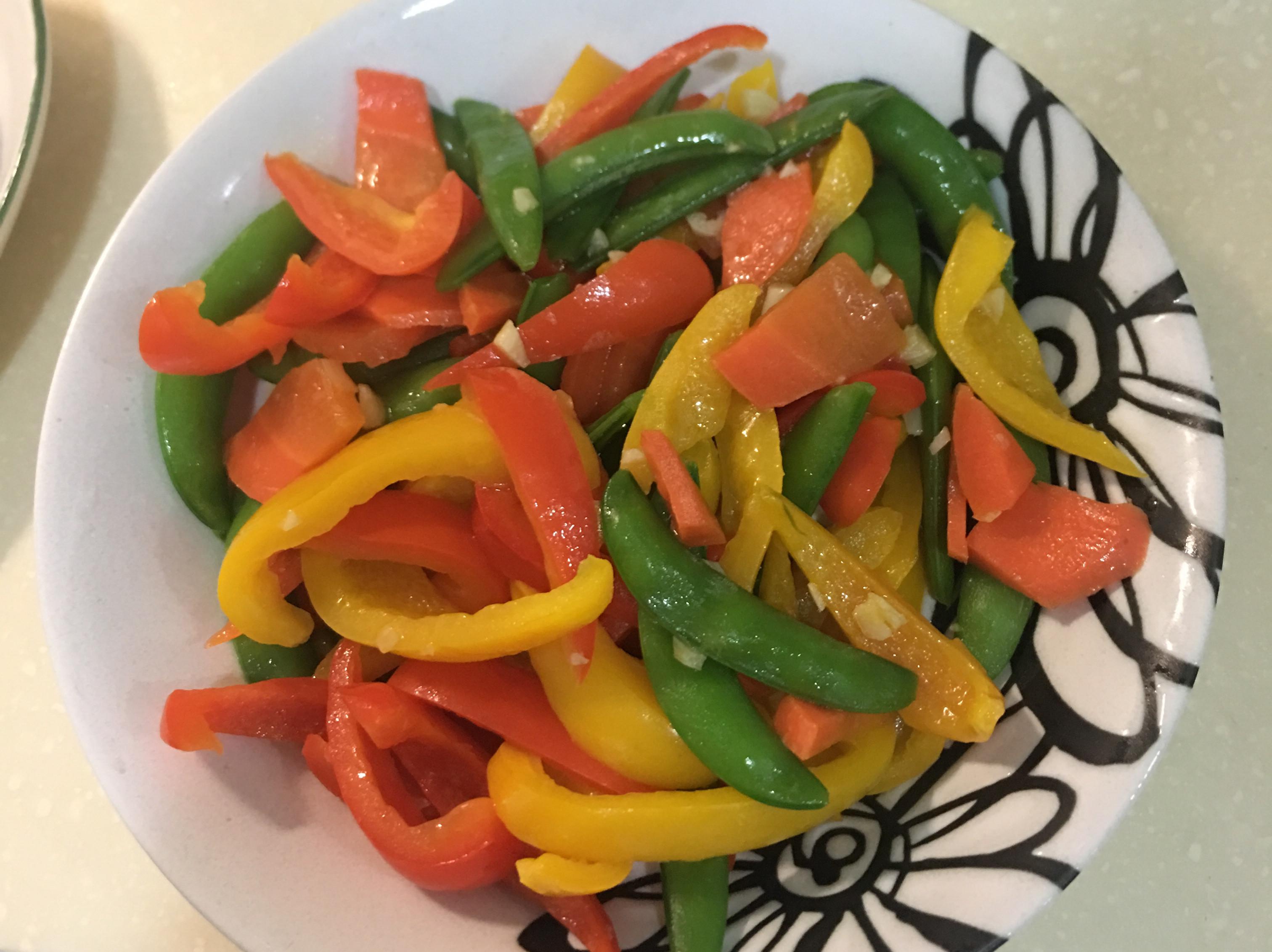 好看又好吃彩椒甜豆時蔬