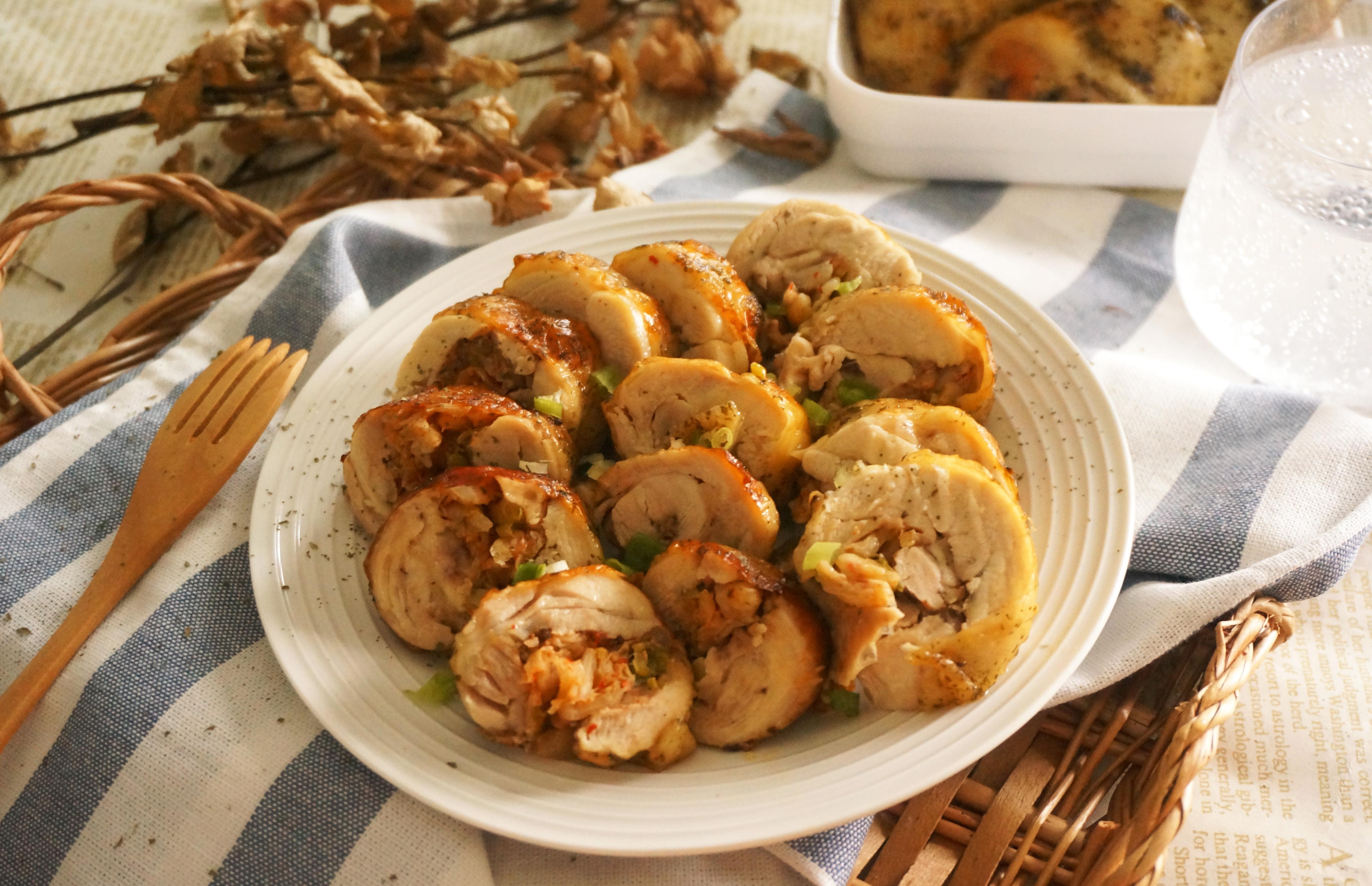 脆皮泡菜雞肉捲
