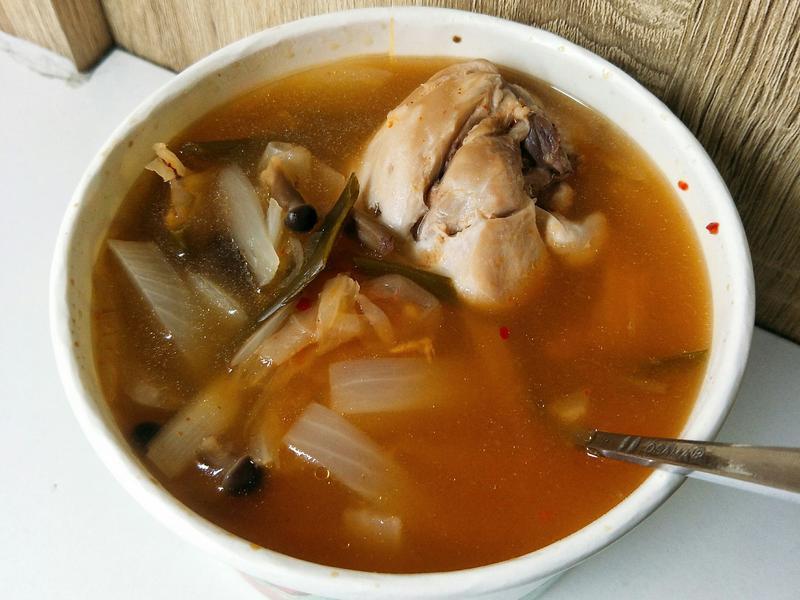 一鍋到底—泡菜菇菇雞湯