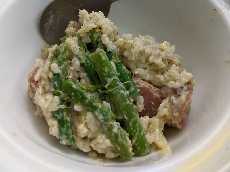 剩菜料理-香腸蘆筍燉飯(剩飯)(鑄鐵鍋)
