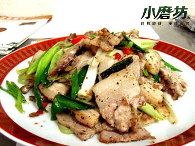 【小磨坊】孜然蒜苗炒肉片