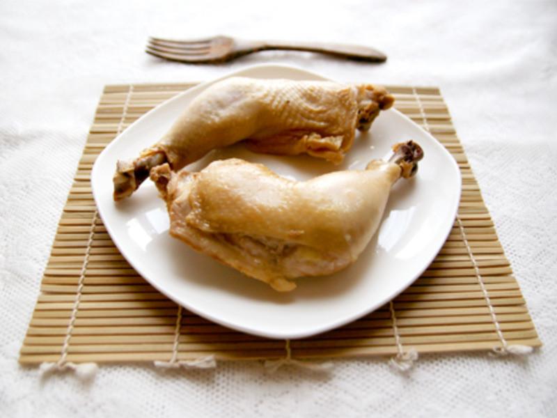 鹽焗雞腿  Salt-Baked Chicken Legs